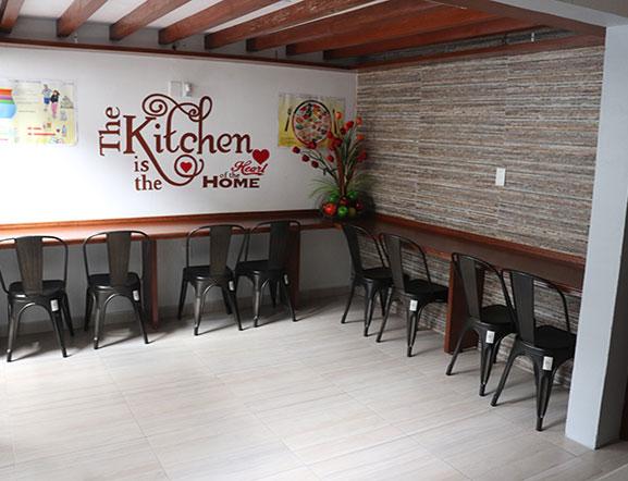 Area de Cafetería para la degustación de los alimentos de los alumnos en sus espacios de Recreo